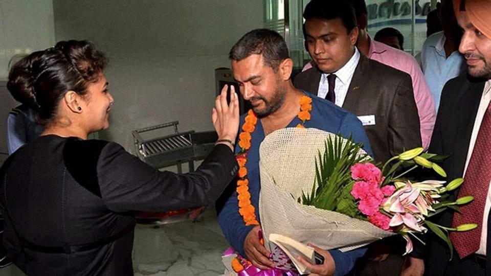 Aamir Khan arrives for the shooting of Dangal in Ludhiana. (PTI)