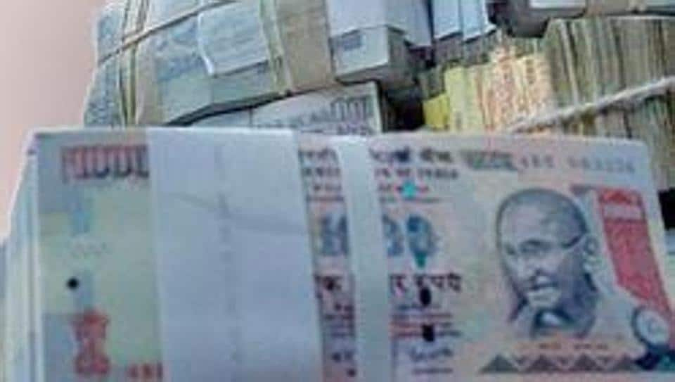 Police in Varanasi have discovered Rs 14.60 lakh in scrapped notes missing from their custody after they sought to change it into new banknotes. An investigation is ongoing.