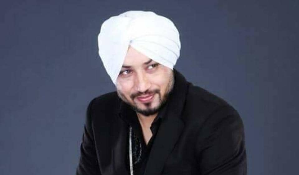 Singer Dilbagh Singh is currently shooting for his Bollywood debut film in Gurgaon.