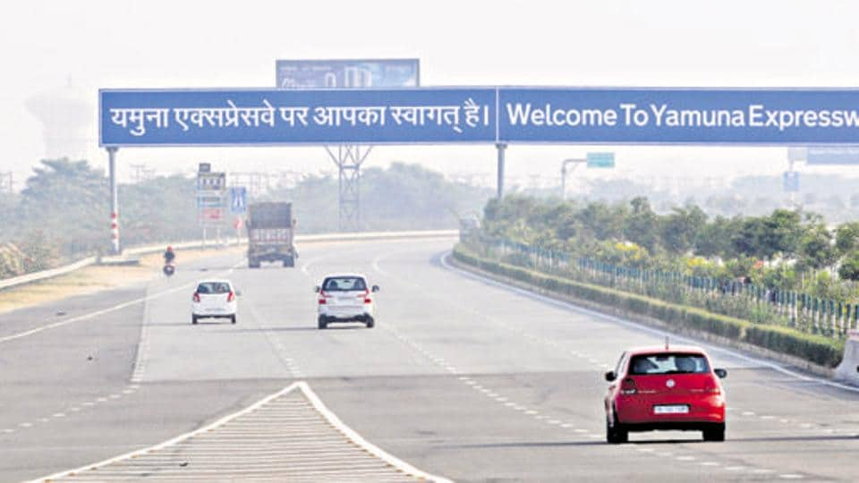 Over-speeding,Road accidents,Yamuna Expressway