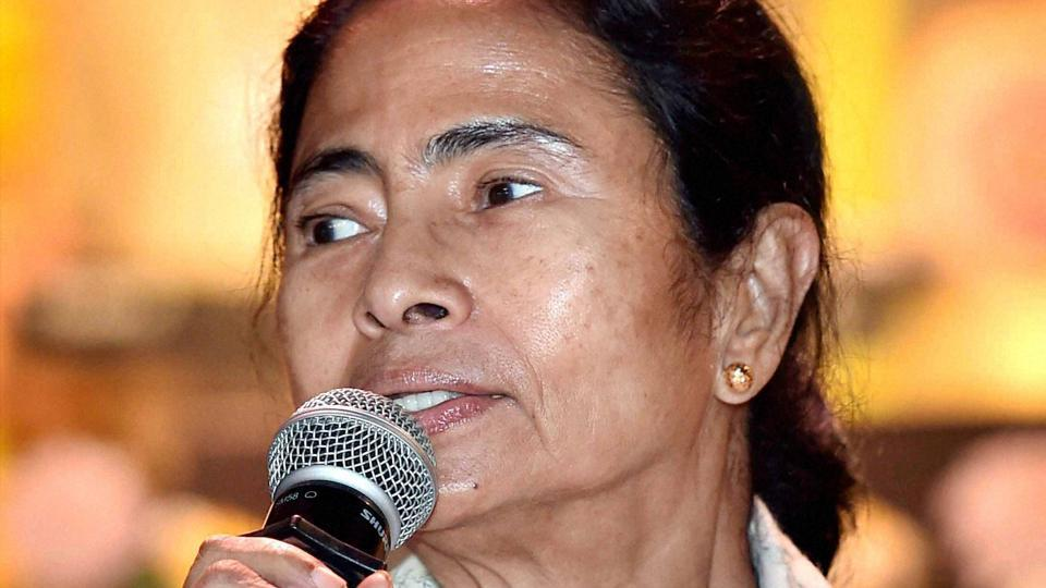 The Mamata government had asked the Centre for an extension of the six railway protection force (RPF) personnel sent to West Bengal when she became the state's first CM .