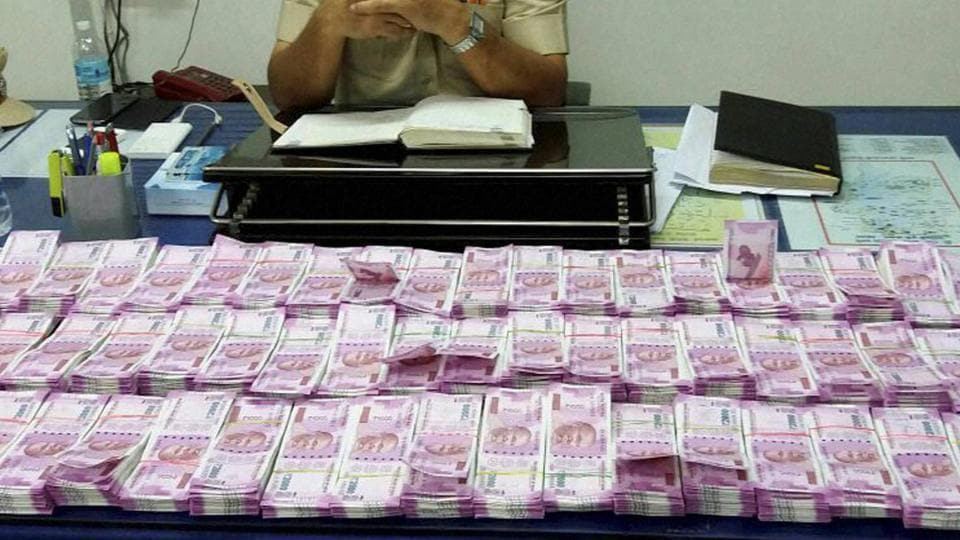 Kerala cash seized,Rs 2000 notes,Black money