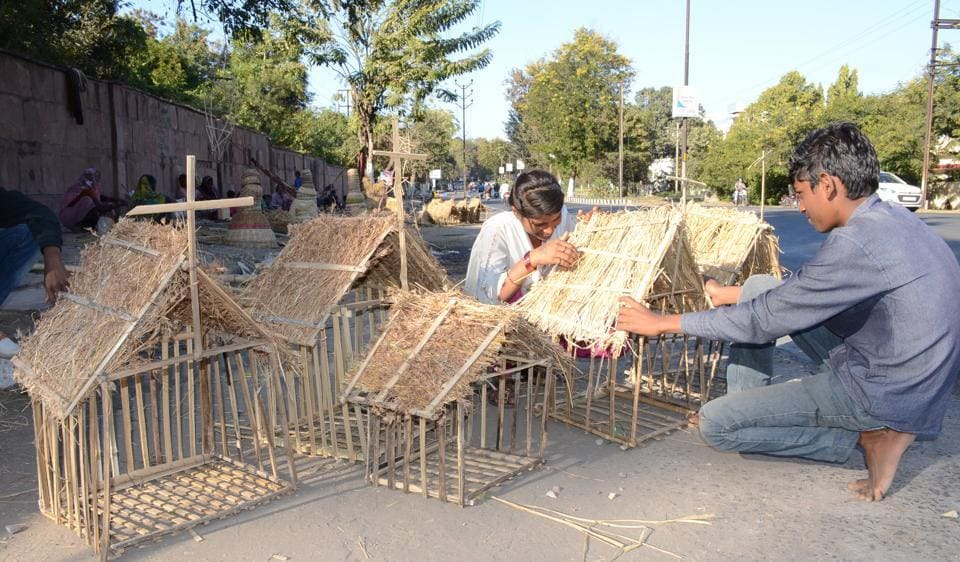 Instead of bamboo ladders, a group of Bansod community people are making Christmas huts and stars to earn livelihood.