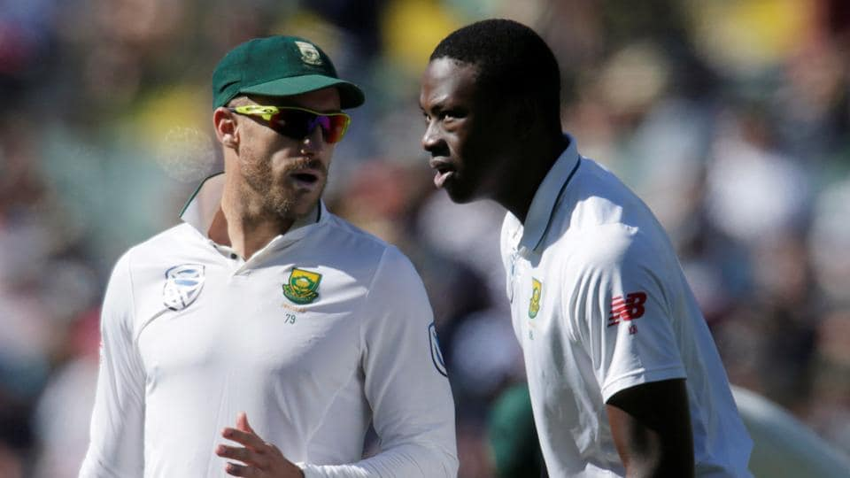 South Africa captain Faf du Plessis (L) hopes a grassy St George's Park pitch can negate the threat of Sri Lankan spinner Rangana Herath