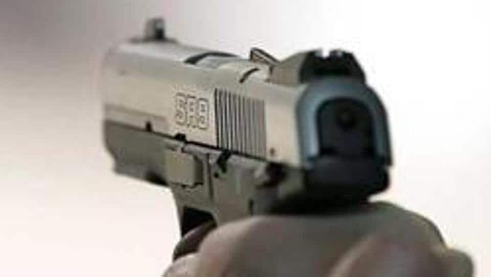 Two murder accused  shot dead an 18-year-old witness in northwest Delhi's Mahendra Park on Sunday night.