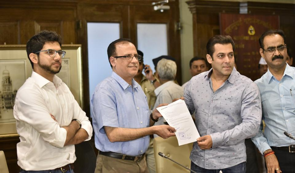 Some areas still need proper toilets and Bollywood actor Salman Khan had offered to repair the existing ones in Aarey colony through BMC officials, who in turn were denied permission for the same.