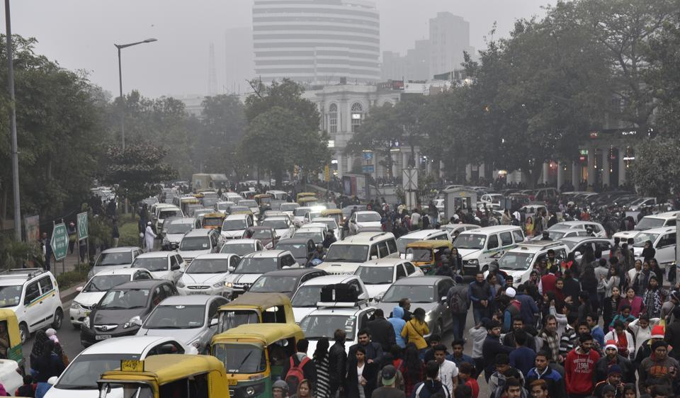 Traffic jam in Connaught Place on Christmas. The festival rush is especially seen around markets.