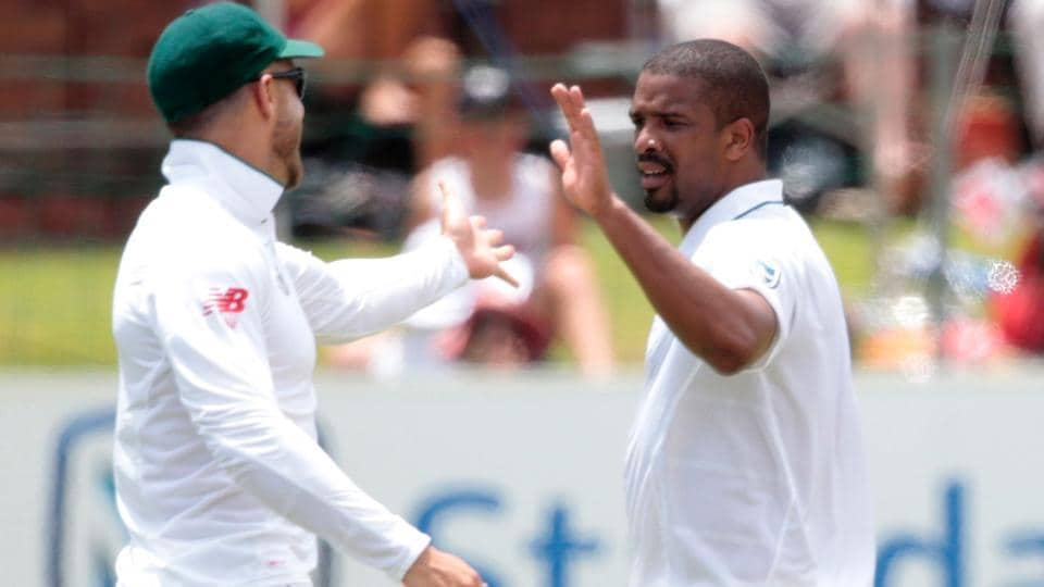 South African bowler Vernon Philander (R) celebrates the dismissal of Sri Lanka batsman Dhananjaya De Silva (not pictured) during the second day of the first cricket Test match in Port Elizabeth on Tuesday.