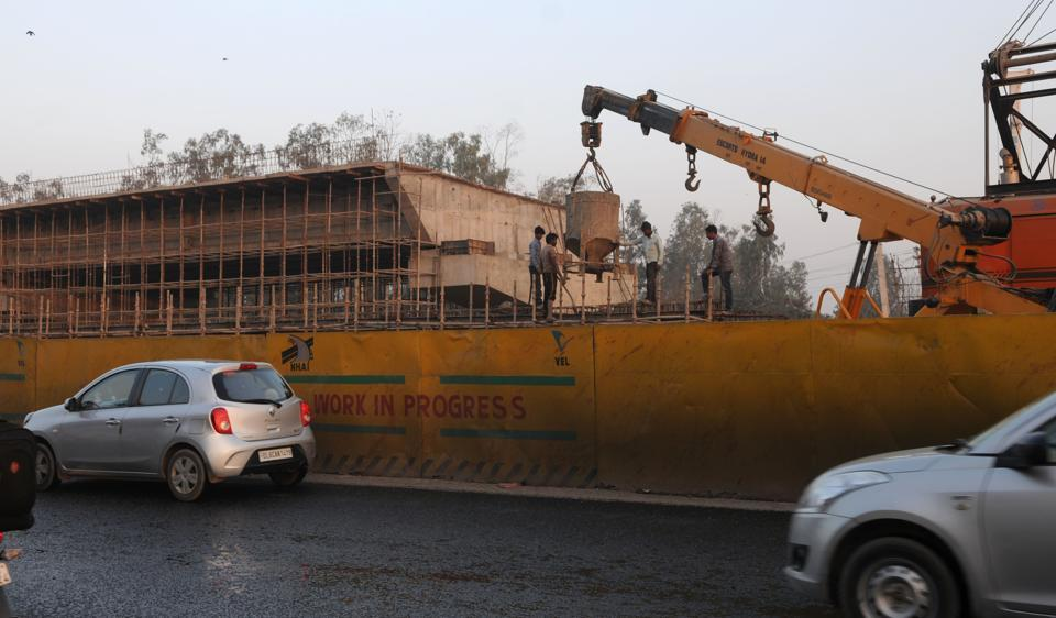 The work on the 1.2 km underpass at the junction has gathered pace, and, if Haryana Urban Development Authority (Huda) is able to make available the land that is presently under litigation, it could also see completion within the stipulated 30 months.