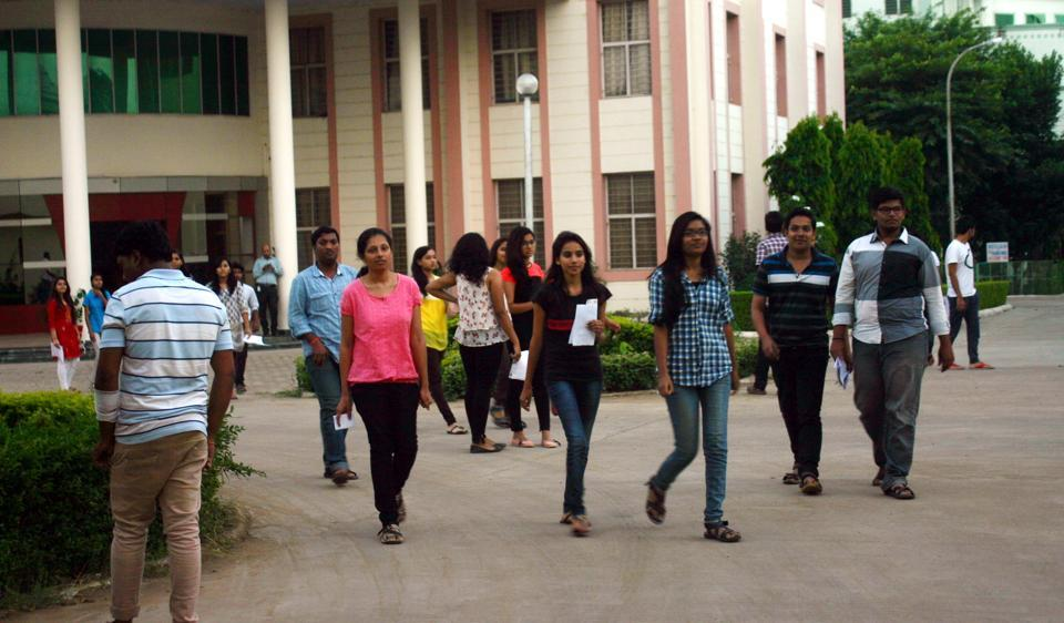 Nutan College,dress code at girl's college,colleges of Madhya Pradesh