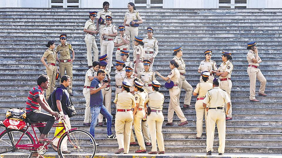 New Years' eve,Mumbai police,suburbs