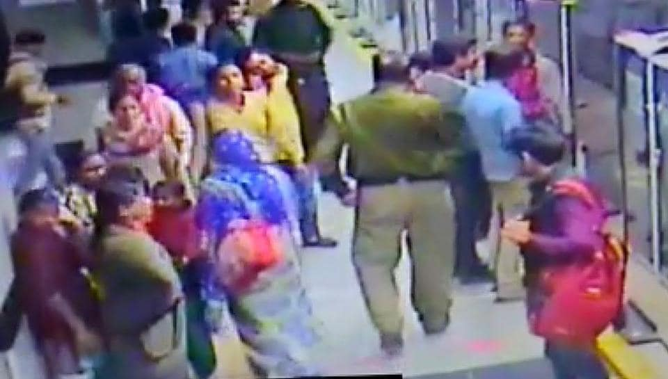 A grab of the CCTVfootage shows the walking keeping something in his pocket that one of the women pickpockets had handed him over.