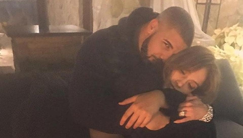 A new photograph featuring singer-actress Jennifer Lopez and rapper Drake in a cosy pose has spread the buzz that it's a confirmation that they are dating each other.