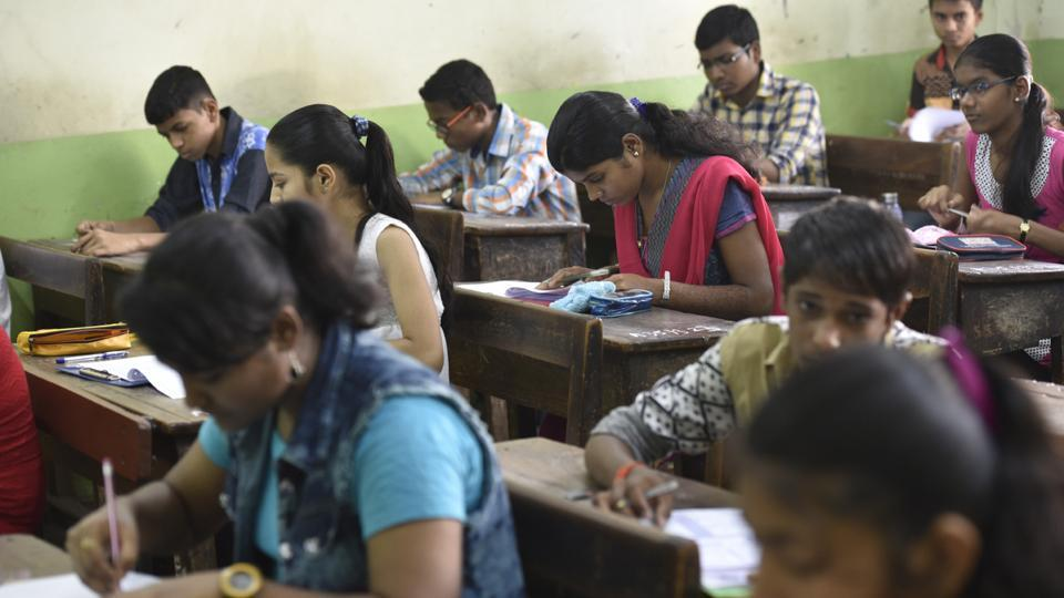 The Central Board of Secondary Education (CBSE) on Wednesday released the admit card of candidates for University Grants Commission's National Eligibility Test (NET) January 2017 examination.