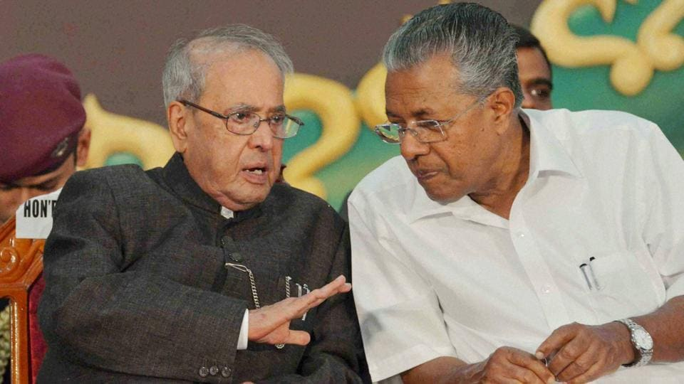 President Pranab Mukherjee with Kerala CM Pinarayi Vijayan during the inauguration of the 77th Session of Indian History Congress in Thiruvanthapuram on Thursday.