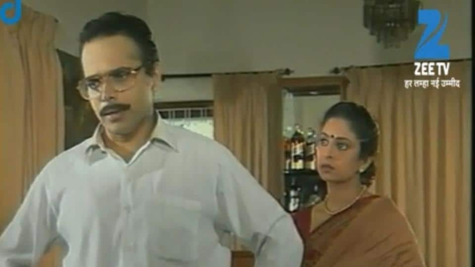 Harsh Chhaya and Shefali Shah played the roles of KT and Savi in  Hasratein.