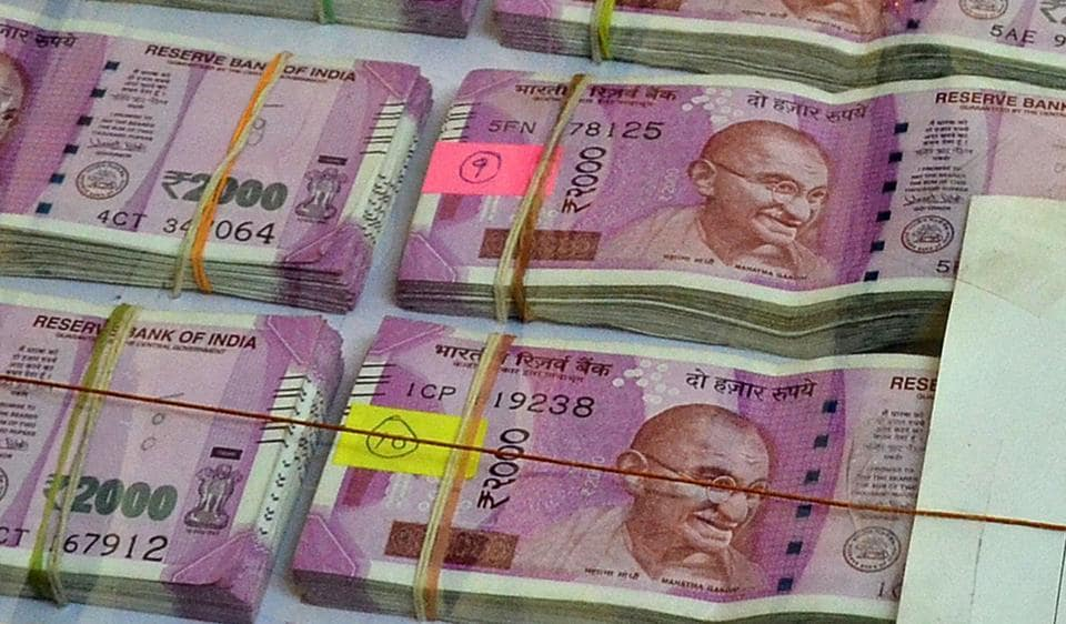 The police found Rs47 lakh in Rs2,000 notes and six bundles of Rs500 in old notes