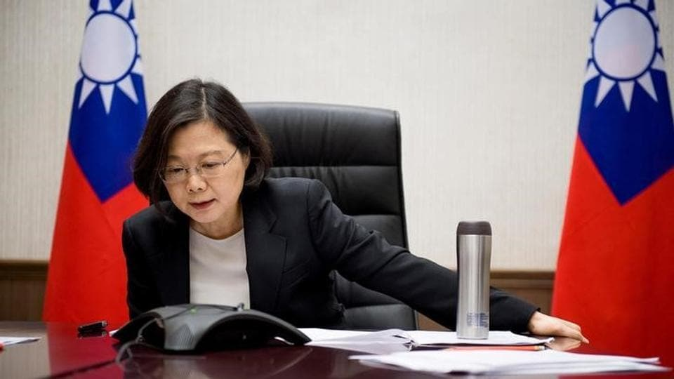 Taiwan's President Tsai Ing-wen speaks on the phone with US president-elect Donald Trump at her office in Taipei, Taiwan, in this handout photo made available December 3, 2016.