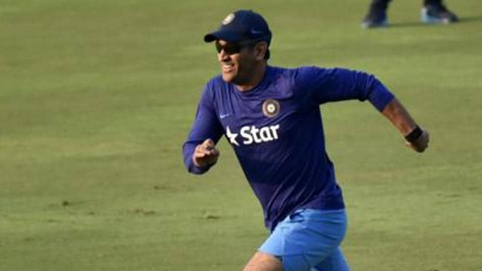 MSDhoni will be interacting with the Jharkhand team in their first-ever Ranji Trophy semi-final clash, where they will take on Gujarat.