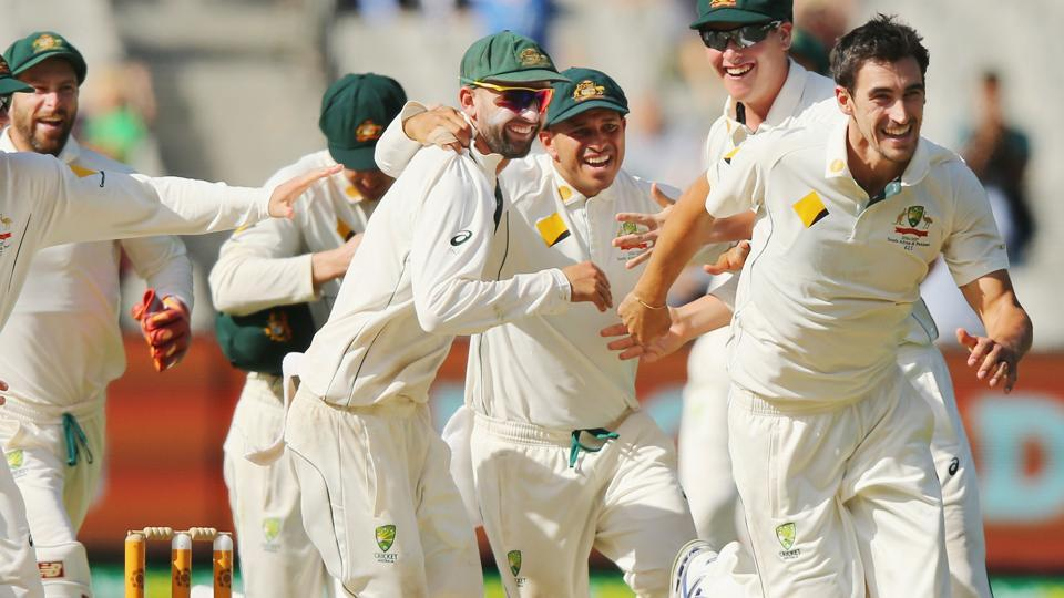 Mitchell Starc became the leading wicket-taker for pace bowlers in 2016 as his haul of 4/36 helped Australia beat Pakistan by an innings and 18 runs in the Melbourne Test.