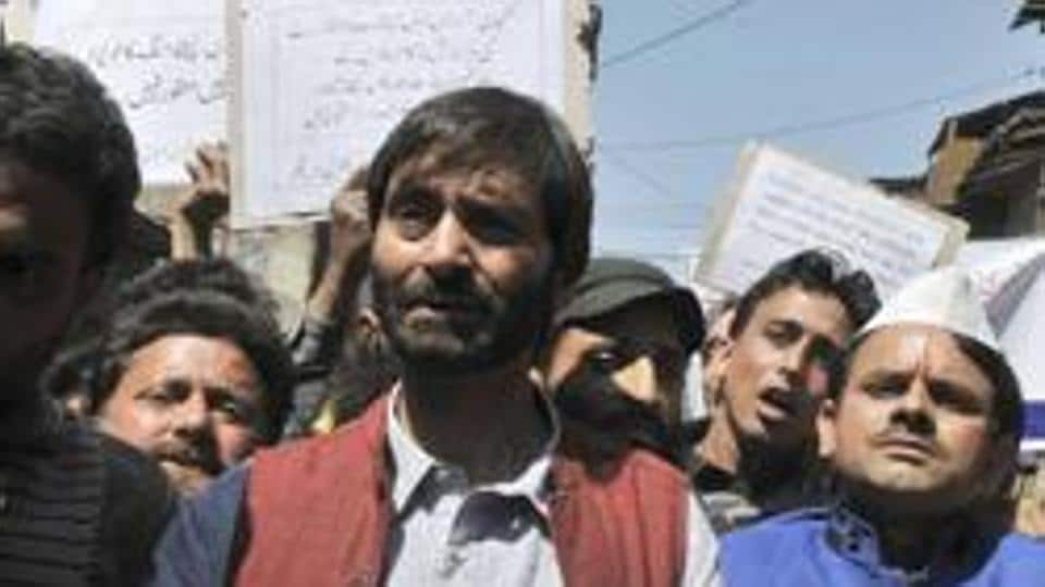 Separatist leader and JKLF chairman Yasin Malik was detained before taking out a protest march in Pulwama on December 30.