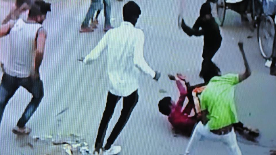 An 18-year-old boy was stabbed to death by nine people in broad daylight in Sector 25 inAugust 2016.