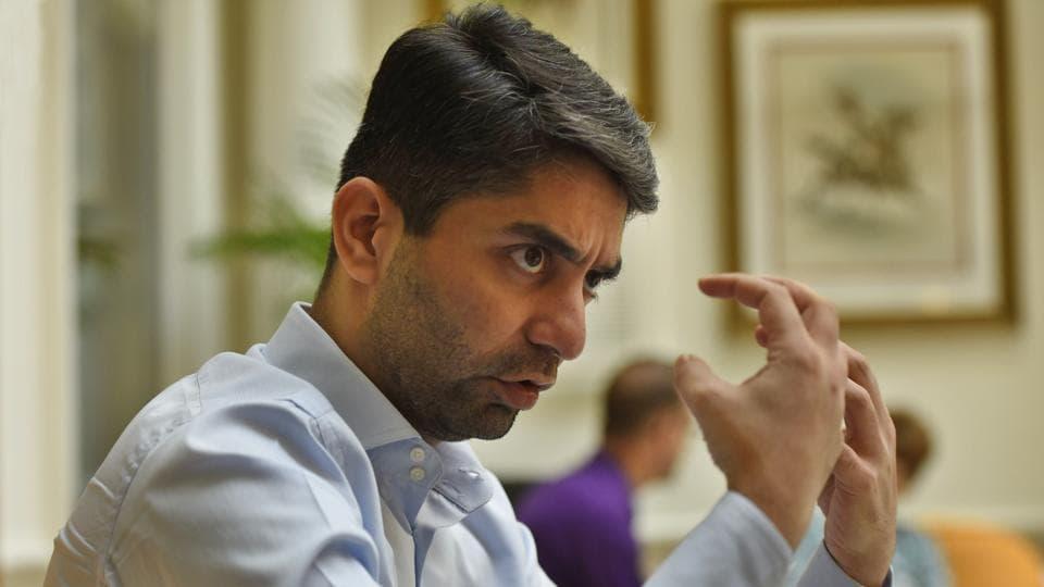 Abhinav Bindra,Indian Olympic Association,Suresh Kalmadi