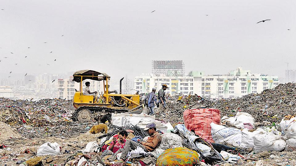 The CPCB has also told the National Green Tribunal that emission from the waste-to-energy plant in Okhla were well within the limits set under the Municipal Solid Waste (Management and Handling) Rules, 2000.