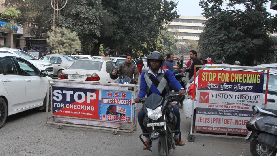 Year end,Ludhiana traffic police,discounted ride