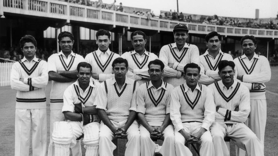 Imtiaz Ahmed, first from right in sitting position, was part of Pakistan's first Test team in 1952.