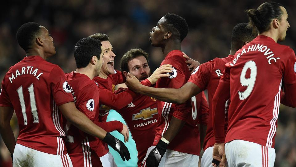 Paul Pogba and Anthony Martial scored for Manchester United as they secured their fifth consecutive win in the Premier League.