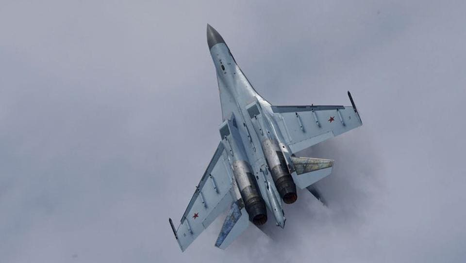 ASukhoi Su-35fighter aircraft takes part in a flying display during the 50th Paris Air Show at the Le Bourget airport near Paris in June 2013.