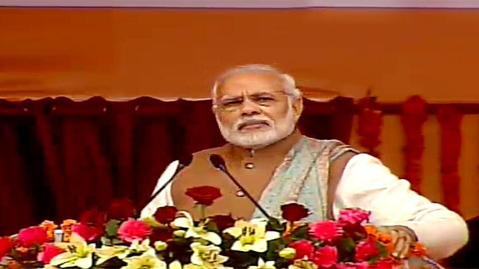Prime Minister Narendra Modi speaks at the Parivartan Maha Rally in Lucknow.