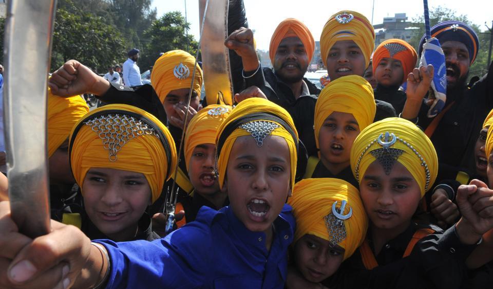 Guru Gobind Singh Jayanti,Sikh community,martial skills