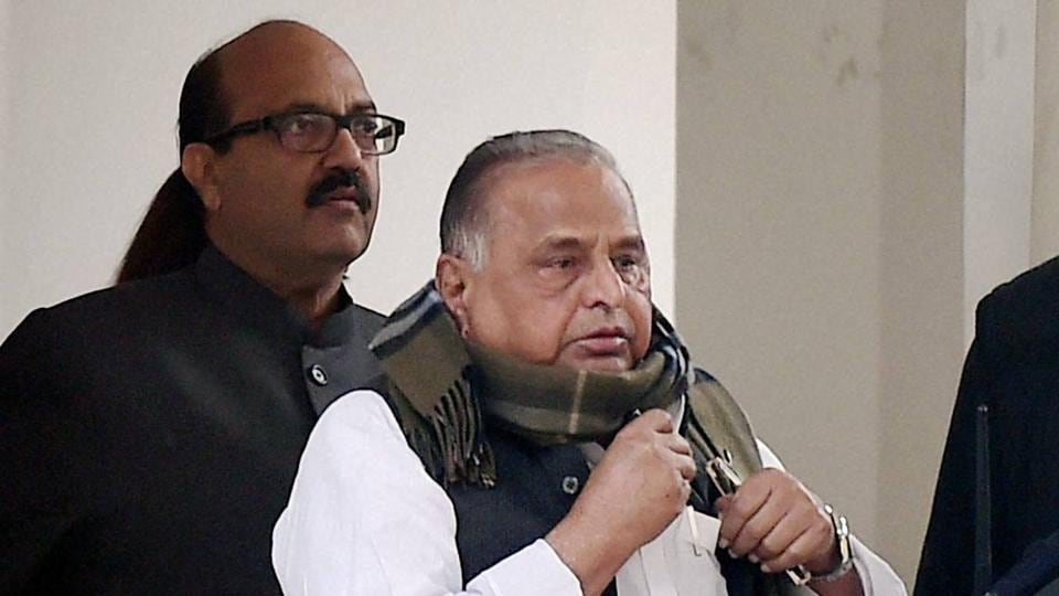 SP supremo Mulayam Singh Yadav leaving Nirvachan Sadan after meeting with Chief Election Commissioner in New Delhi on January 2.