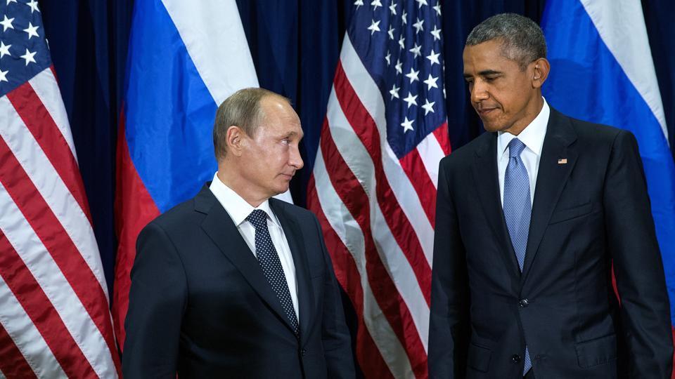 US President Barack Obama (R) and Russia President Vladimir Putin.