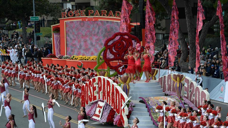 The 'Rose Cast' of 250 performers opens the 128th Rose Parade in Pasadena.  (AFP Photo)