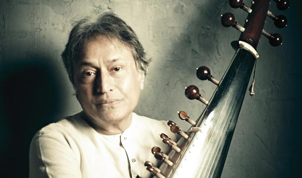 Legends such as Ustad Amjad Ali khan and flute maestro Pt. Hariprasad Chaurasia will perform during the four-day festival.