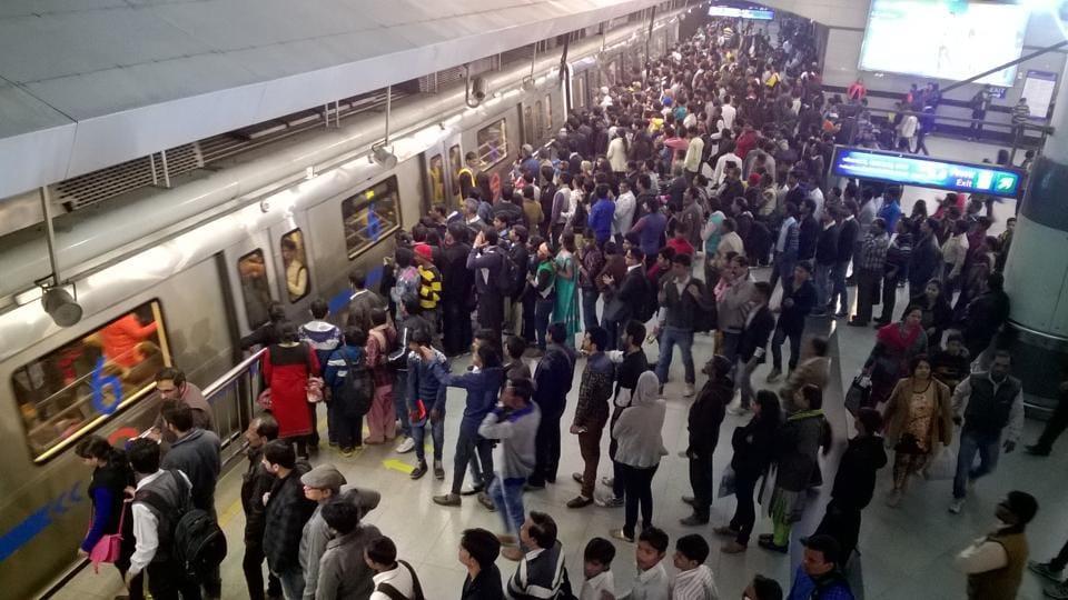 Long queues at Rajiv Chowk Metro Station.