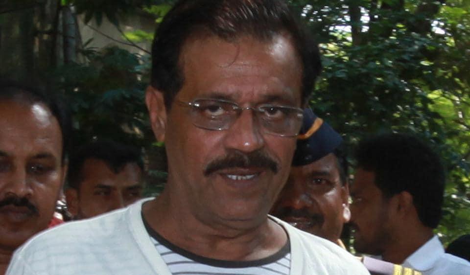 Mustafa Dossa,1993 serial bombings,Saurashtra Express