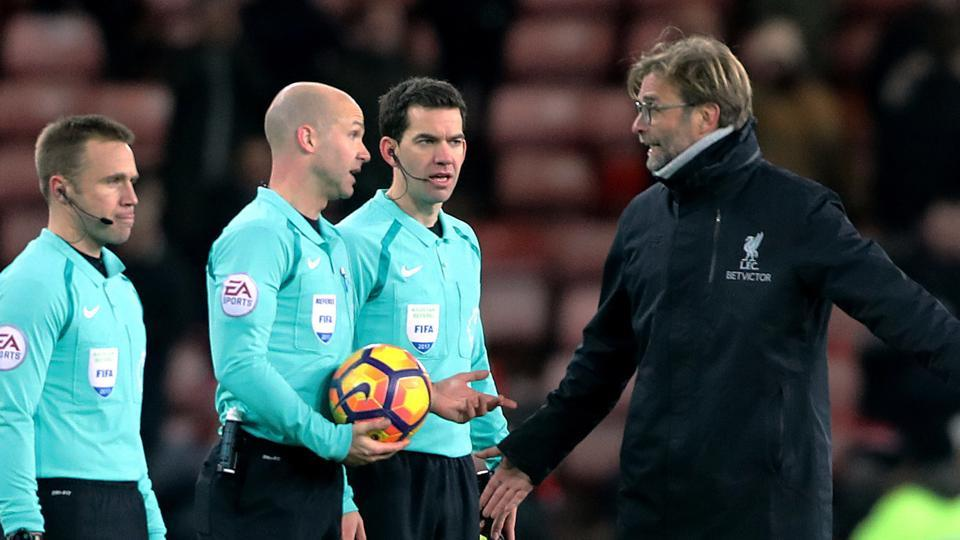 Liverpool F.C. manager Jurgen Klopp has criticised the referees after the game against Sunderland ended in a draw in the Premier League.