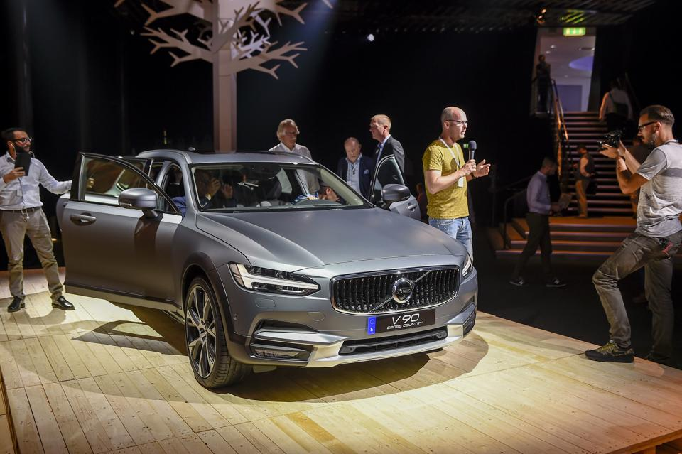 For the first time in 50 years, Volvo is not the most sold car in Sweden, it is Volkswagen Golf, according to an announcement Tuesday, from the organisation Bil Sweden.