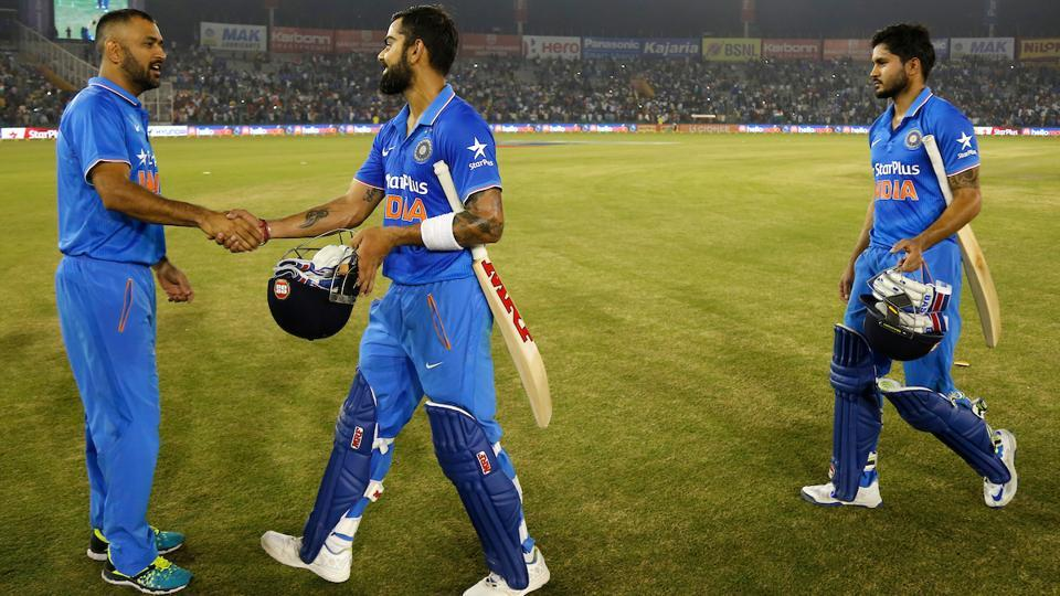 Mahendra Singh Dhoni and Virat Kohli during the 3rd ODI between India and New Zealand at the IS Bindra Stadium in Mohali on October 23, 2016.
