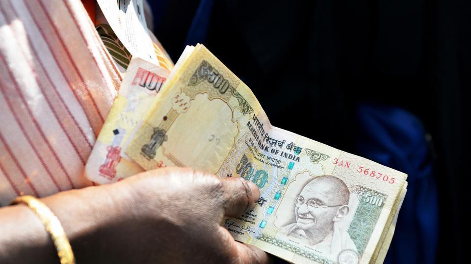 Demonetisation,Cash crunch,Currency exchange