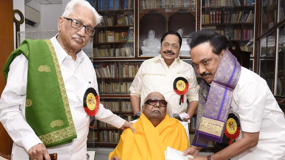 MK Stalin meets Karunanidhi at his residence after he was elected as DMK's working president in the party's general council meeting on Wednesday.
