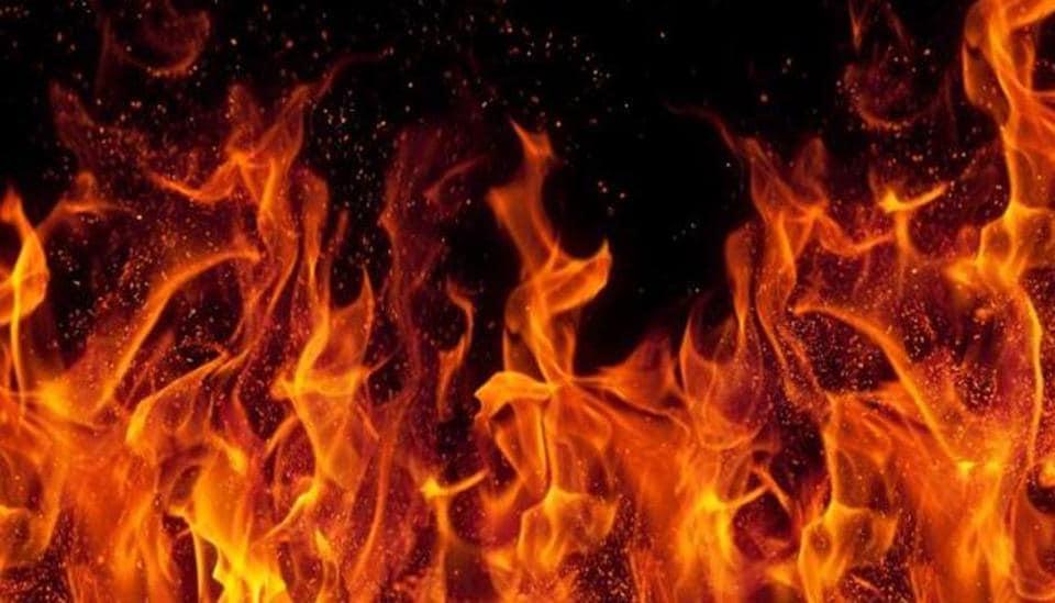 Kolkata,fire,godown