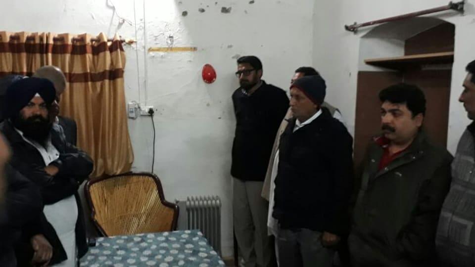 Photo of unauthorised persons found inside Fazilka sub jail on Wednesday evening.