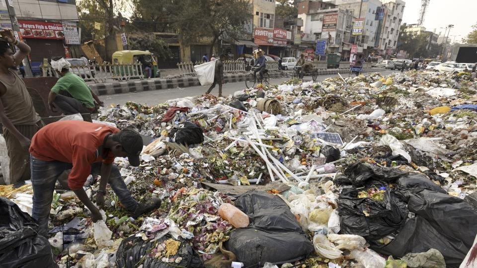 EDMC,Municipal sanitation workers,Sanitation workers strike