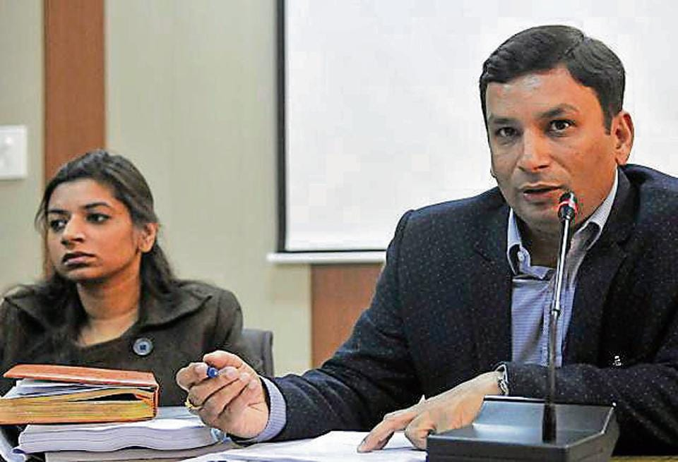 Punjab polls,Ludhiana administration,Ravi Bhagat