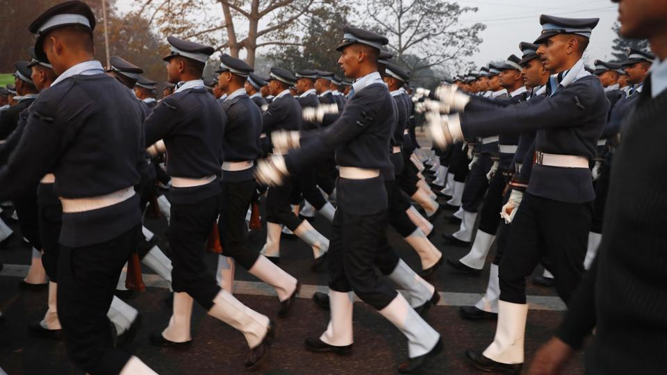 Indian Air Force soldiers march near the India Gate monument ahead of the Republic Day parade in New Delhi, India, Thursday, Jan. 5, 2017. Indian celebrates Republic Day on Jan. 26.  (/Tsering Topgyal / AP)